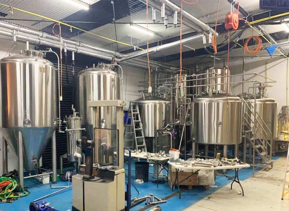 brewery beer brewing equipments,conical stainless steel beer fermenter,commercial brewery equipments for sale,how to start brewery,brewery equipment cost,beer fermentation tank,beer bottling machine,beer kegging machine,beer canning machine,craft beer brewing system for sale,brewery tanks,beer brewing equipment,brewery Sunshine Coast Australia,20HLbrewery equipment,automatic brewery system