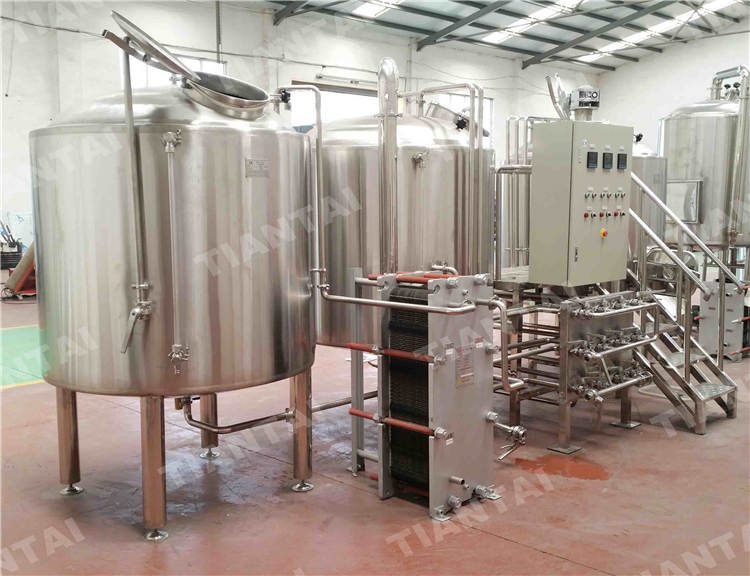 Do we need hot liquor tank for brewhouse?
